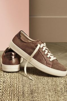 A Chic-er Sneaker: Multi-task in style. The effortless go-to for the girl on the go. Johnston & Murphy Emerson Sneaker.
