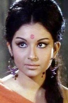 Quintessential bengali look# Sharmila Tagore