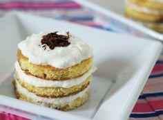 Tiramisu light al cocco con ricotta e yogurt Ricotta, Yogurt, Pancakes, Cheesecake, Pie, Cooking, Breakfast, Desserts, Dolce