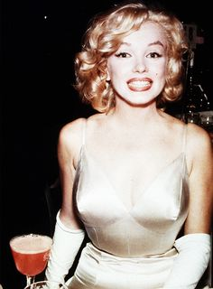 Marilyn Monroe at 'The Prince and The Showgirl' Premiere, 1957.