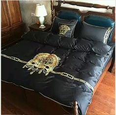 luxury%20black%20gold%20embroidered%20pink%20and%20silver%20gray%20bedding%20setFeatures:With%20ZippingMaterial:100%%20CottonStyle:ModernMain%20Colour:%20black%20gold%20pink%20and%20silver%20grayRoom:Bedroom,%20Children%27s%20BedroomPattern:Novelty,%20modernNumber%20of%20Items%20in%20Set:Four-PieceType:Duvet%20SetSet%20Includes:1%20Duvet%20Cover,%201%20%20Flat%20Sheet,%202%20Pillow%20Cases