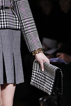 Mike Kagee Fashion Blog: YVES SAINT LAURENT FALL 2011 WOMENS COLLECTION