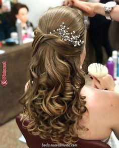 31 Ideas For Bridal Party Hairstyles Updo Curls - - Quince Hairstyles, Party Hairstyles, Bride Hairstyles, Bridesmaid Hair, Prom Hair, Quinceanera Hairstyles, Simple Wedding Hairstyles, Wedding Hair Inspiration, Hair Dos