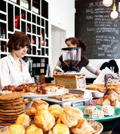 Le Bal Café, Paris (café-librairie aux accents british)