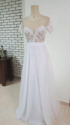 White wedding dressWedding dress with sleeves by YASMINVARSANO