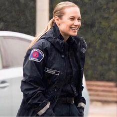 Addison Greys Anatomy, Zuko, Supergirl, Firefighter, Canada Goose Jackets, Lgbt, Tv Shows, Winter Jackets, Grey's Anatomy