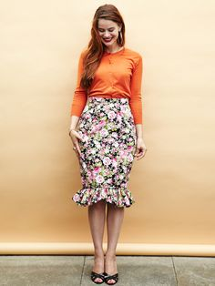 Charlotte Skirt – By Hand London. Peyton: easiest pattern to follow ever. So many ways I can think to mod it. Also, invisible zippers are my new best friend. SEW ALL THE PENCIL SKIRTS!