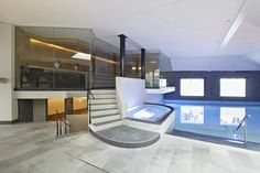 Panorama sauna, whirlpool and swimming pool