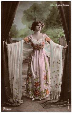 Gladys Cooper (1888-1971), English actress.  (photo: Bassano, London, circa 1908; tinted postcard no. E.2022 published by the Aristophot Co Ltd, London, circa 1908)