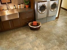 Learn more about Armstrong Havana - SunWashed and order a sample or find a flooring store near you.