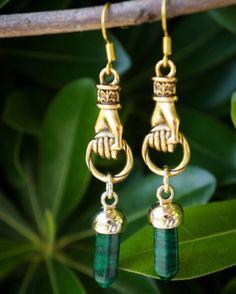 Antique Gold Hand Earrings  Available in #ClearQuartz #BlackOnyx #Malachite #Turquoise #TigerEye & White #Gemstone  #MalachiteEarrings #PendulumEarrings #Hamsa #ManoFico #Figa #Amulet #HandEarrings #HamsaEarrings #Figajewelry #gemstonejewelry #gemstoneearrings #handmadeearrings #handmadejewelry #gemstones #figaearrings #manopoderosa #hamesh #handoffatima #handofgod #handmade #etsyjewelry #amuletjewelry #manotodopoderosa #Handearrings