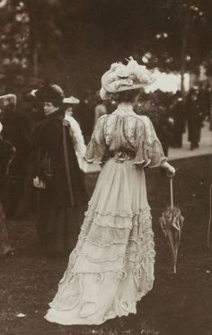France , high class morning outfit, 1900s