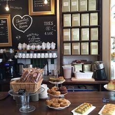Une très jolie nouvelle adresse à Montmartre avec des madeleines incroyables . @mercipourladresse #labossue #salondethe#coffeeshop #coffeetime #montmartre #petitdejeuner #topadresse#parisfrance #igersparis #mercipourladresse#ilovemontmartre #
