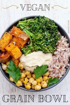 There's something so perfect about a buddha bowl. This vegan buddha bowl is loaded with healthy ingredients like whole grains, chickpeas, sweet potatoes and broccolini and then topped with oh.so.tempting tahini dressing. This vegan recipe is so easy (to make and on the eyes) – what's not to love! #buddhabowl #veganbuddhabowl #easybuddhabowl #mediterraneanrecipes #tahinidressing Vegan Recipes Beginner, Vegan Dinner Recipes, Recipes For Beginners, Vegan Dinners, Cooking Recipes, Lunch Recipes, Cubed Sweet Potatoes, Roasted Sweet Potatoes, Roasted Broccolini