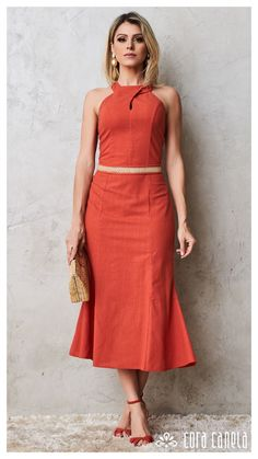 Feel comfortable and beautiful in this inspiration Cute Fashion, Girl Fashion, Fashion Looks, Fashion Design, Hijab Fashion, Fashion Dresses, Dress Outfits, Casual Dresses, Spring Work Outfits