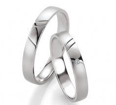 Eheringe Shina mit einem Brillant mit 0,01 ct bei dem Damenring. By verlobungsring.de #weißgold #liebe #hochzeit Silver Rings, Wedding Rings, Engagement Rings, Jewelry, Jewerly, Gowns, Silver, Wedding, Ideas