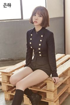 G-Friend released more individual teaser images for 'The Awakening'.The 5 members continue to give off fierceness with a military look. Cute Asian Girls, Beautiful Asian Girls, Cute Girls, Military Looks, Pretty Asian, G Friend, Asia Girl, Kawaii Girl, Looks Style