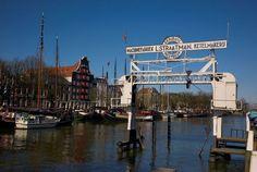 Dordrecht<br />Dordrecht - Wolwevershaven met Scheepslift