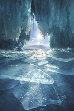 Crystal cave – Miracles from Nature Beautiful World, Beautiful Places, Beautiful Pictures, Lago Baikal, Landscape Photography, Nature Photography, Winter Photography, Landscape Photos, Photography Tips