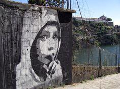 - Renato Ribeiro - Street Art 2013  Porto - Fontainhas - Calçada das Carqueijeiras - Portugal - spray - montana  - black and white - Painting   #renatoribeiro #streetart #2013 #Porto #Fontainhas #CalçadadasCarqueijeiras #Portugal #spray #montana  #blackandwhite #painting