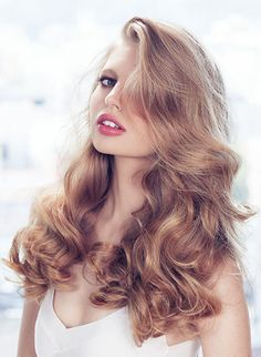 - On dry hair, use a curling iron to create waves, then mist Thickening Dryspun Finish through out to hold and add fullness. - Smooth Thickening Creme Contour through ends for separation without breaking down the style.