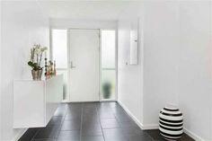 Post: Una casa danesa real en venta ---> blog decoracion interiores, blog estilo nórdico, casas danesas decoración, cocinas nórdicas blancas, decoración comedores nórdicos, decoración de salones, decoración en blanco, estilo y diseño nórdico