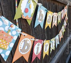 The Happy Scraps: Happy Birthday {Banner} Fun and colorful banner/garland. Diy Birthday Banner, Happy Birthday Banners, Birthday Fun, 1st Birthday Parties, Birthday Quotes, Birthday Invitations, Birthday Ideas, Cricut Banner, Diy Banner