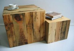 Mesitas-cubo hechas con palés • Table cubes made out of pallets