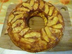 Retete culinare : Prajitura cu mere, Reteta postata de alexandra_petruta90 in categoria Dulciuri