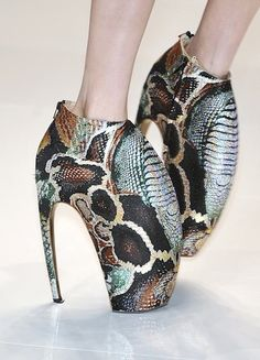Alexander_mcqueen_shoes_spring_2010