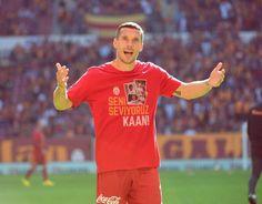 Lukas Podolski #AHA #STRASSENKICKER #Poldi #Aslan #Galatasaray Lukas Podolski, Give Thanks, Football Soccer, Shit Happens, God, Mens Tops, Dios, Praise God, The Lord