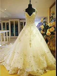 Fairytale wedding dress maybe without out the long tail #provestra
