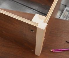 Making a storage box from thin recycled plywood