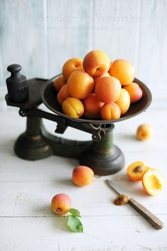 Apricots and Vintage Scale from Veronika Studer's photostream.