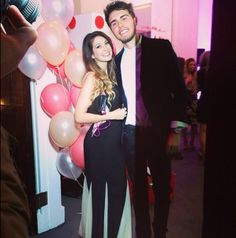 Zoe Sugg and Alfie Deyes Pointless Blog, Photo To Video, Grace Helbig, Zoella Beauty, Zoe Sugg, British Youtubers, Vlog Squad, Danisnotonfire, Phil Lester