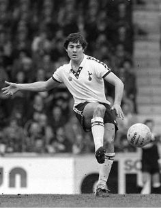 Here's the answer to today's #TheLunchHunch. The mystery Spur was.......Paul Miller! More tomorrow! #THFC