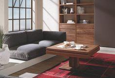 Table basse Loft au design contemporain et moderne qui vous permettra de ranger vos affaires à l'intérieur grâce l'espace de stockage et à l'éclairage.