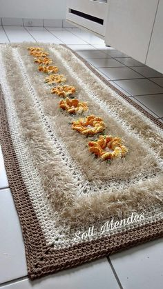 Crochet Rug Patterns, Crochet Art, Crochet Doilies, Hand Crochet, Embroidery Fashion, Table Centerpieces, Mother Gifts, Shag Rug, House Warming