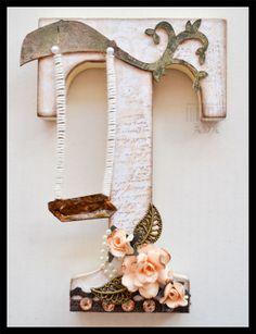 SCRAPBOOKING: CON T DE TERESA | Aprender manualidades es facilisimo. Cute Letters, Fancy Letters, Letter A Crafts, Wooden Letters, Letter Art, Monogram Letters, Alphabet Letters, Wood Letters Decorated, Latest Henna Designs
