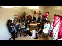 25 - Harlem Shake - Pierce The Veil, All Time Low, Of Mice & Men, Sleeping With Sirens