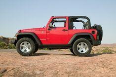 Znalezione obrazy dla zapytania jeep terenowy