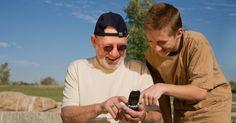 Produkty mobilne dla różnych grup wiekowych - kilka słów o produktach mobilnych (aplikacjach, wearable devices) dla seniorów i dzieci. #MarketingMobilny #WearableDevices