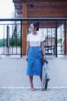 Образы с джинсовыми юбками 5 looks saia jeans, looks com saias, looks de ro Jean Skirt Outfits, Modest Outfits, Modest Fashion, Denim Skirt, Casual Outfits, Summer Outfits, Cute Outfits, Fashion Outfits, Modest Wear