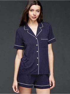 Gap has pajamas and sleepwear in coordinating tops and bottoms. From nightgowns to pajama sets, GapBody has a range of colors and designs. Sleepwear & Loungewear, Sleepwear Women, Pajamas Women, Nightwear, Bride Dressing Gown, Classic Wardrobe, Long Sleeve Pyjamas, Gap Women, Women Lingerie