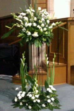 Church Event Flowers Contemporary Flower Arrangements Centerpieces Christmas Image