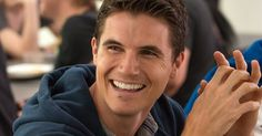 'The DUFF' Interview with Robbie Amell | EXCLUSIVE -- Robbie Amell discusses working with Mae Whitman, his own high school experiences and more for 'The DUFF', on Blu-ray and DVD June 9th. -- http://movieweb.com/duff-movie-interview-robbie-amell/