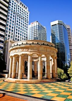 ANZAC Memorial #Brisbane #brisbanecity #anzac  This fabulous memorial is on my 8 minute walk from Spring Hill Central Apartments to the CBD