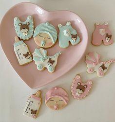 Baby Shower Cupcakes, Cookies, Desserts, Food, Crack Crackers, Tailgate Desserts, Deserts, Biscuits, Essen