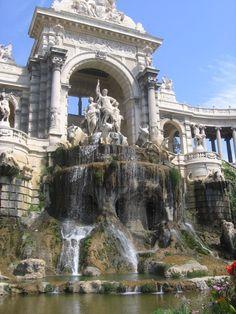 La fontaine de Longchamps - Marseille- www.marseille.fr