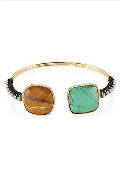 Vergoldetes+Messing+und+dekorative+Schmucksteine:+Die+Armspange+von+Gas+Bijoux+ist+ein+charmantes+Accessoire+mit+Boho-Appeal+#Stylebop